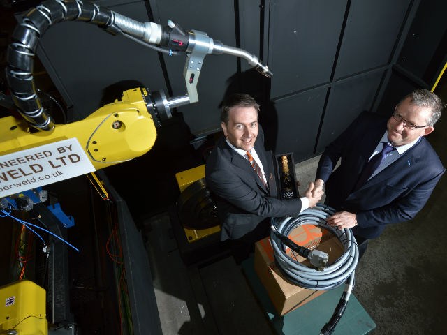 igus® receives the ten thousandth readycable® order from robotics company