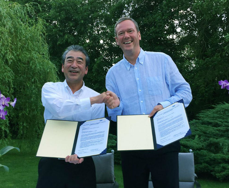 HARTING and HIROSE focus on a new standard