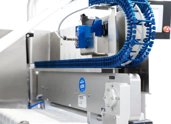hygienic design energy chains from igus are easy to clean