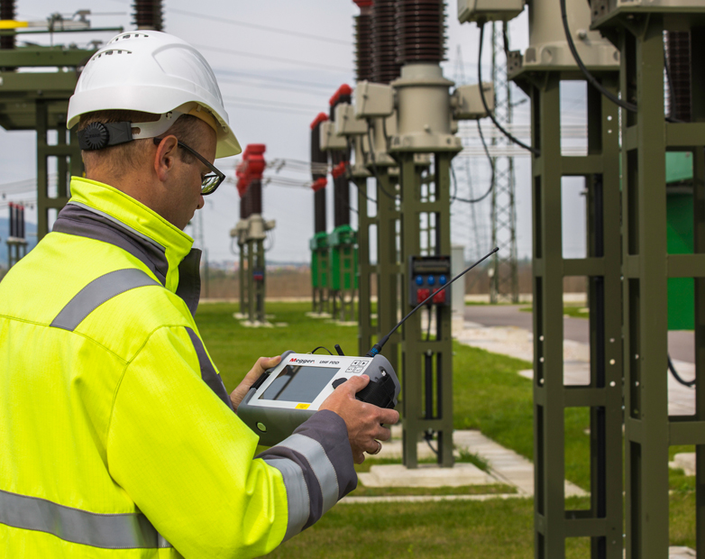 Fast non-invasive PD surveying for substations