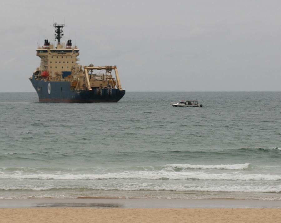 East Coast's fastest data cable reaches Sunshine Coast shore