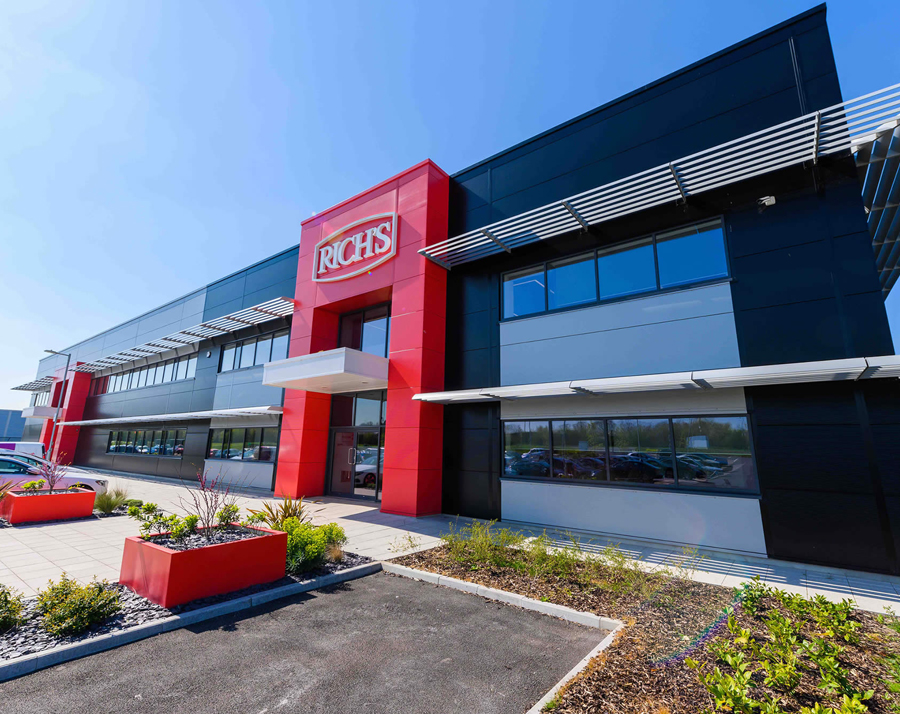 Siemon supports Rich Products Corporation in future proofing its new food production facility and UK headquarters in Andover