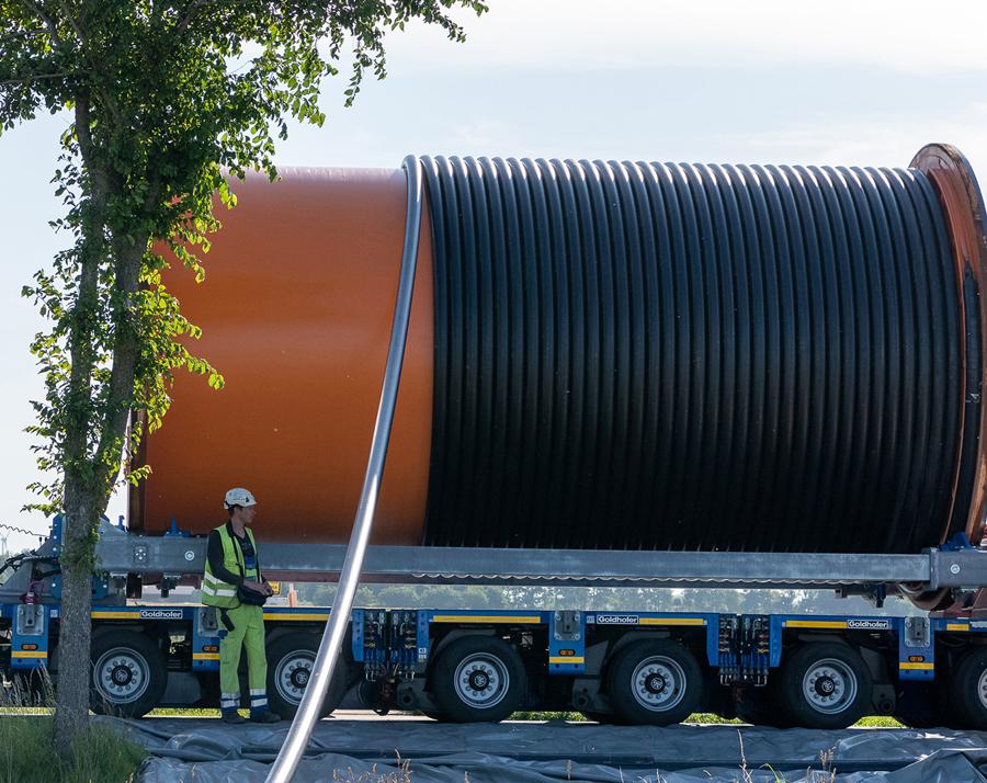 NKT lands over EUR 1bn order for the SuedLink high-voltage DC project