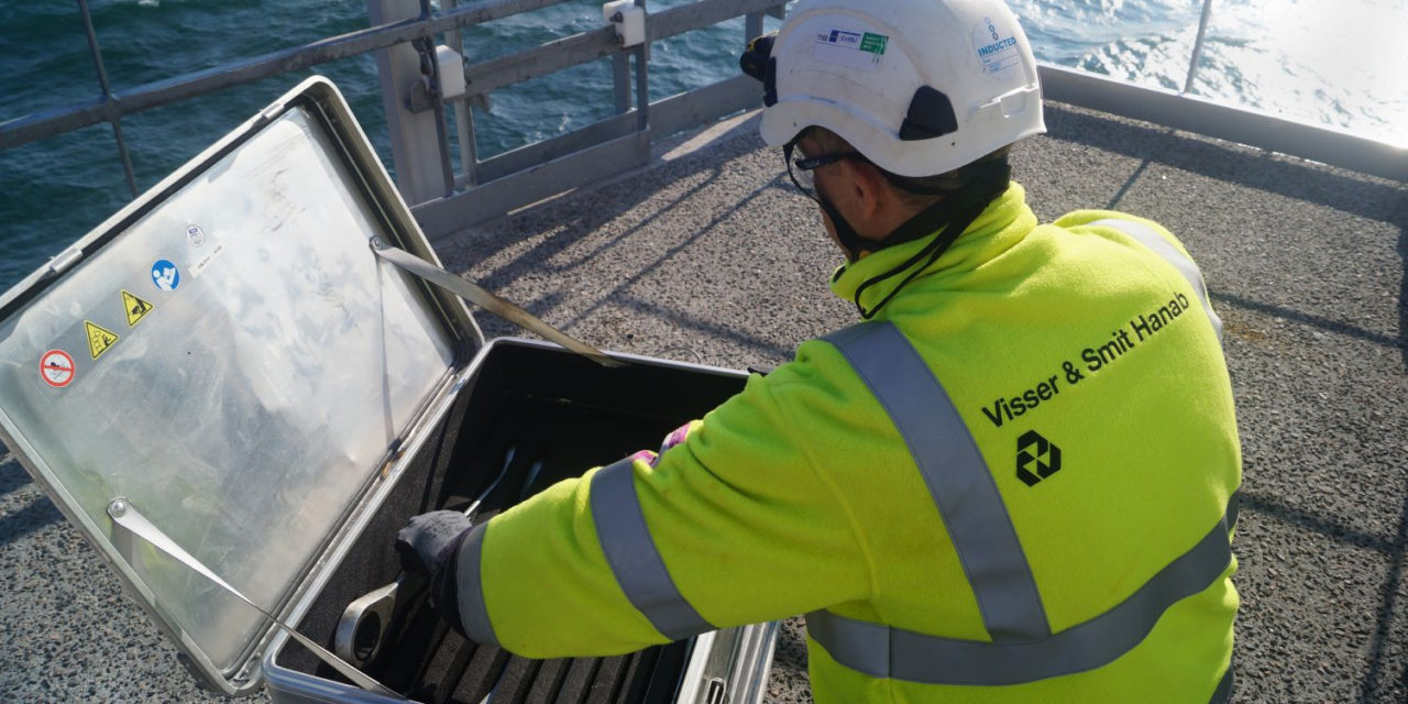 Visser & Smit Hanab lands contract for cable termination and testing